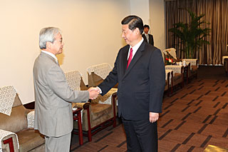 Norio Kaifu and Xi Jinping